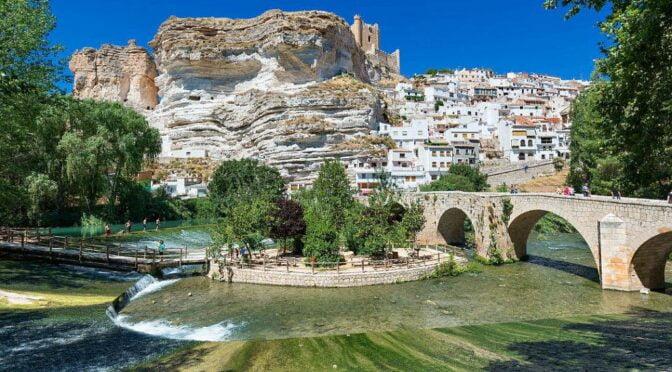 Alcalá del Júcar, en la provincia de Albacete. Foto: Turismo de Castilla-La Mancha