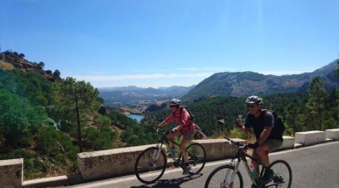 Loving the climb to Puerto de las Palomas with Bill and Winnie today.   #cycling…