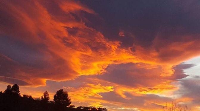 Stunning sunset in the mountains tonight.