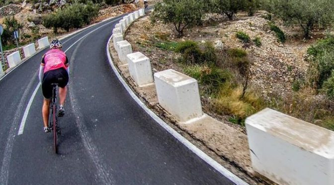 Perfect weather and perfect tarmac. Typical Costa Blanca road cycling! www.abdet…