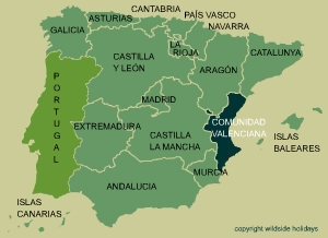 Citrus groves cover a large part of Valenciana
